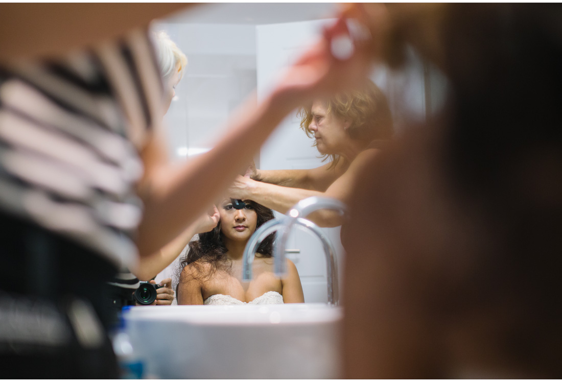 chinese bride getting her hair done