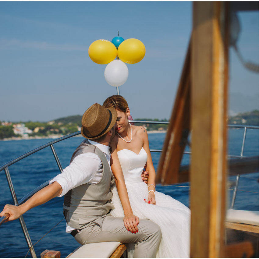 romance on a boat in rovinj