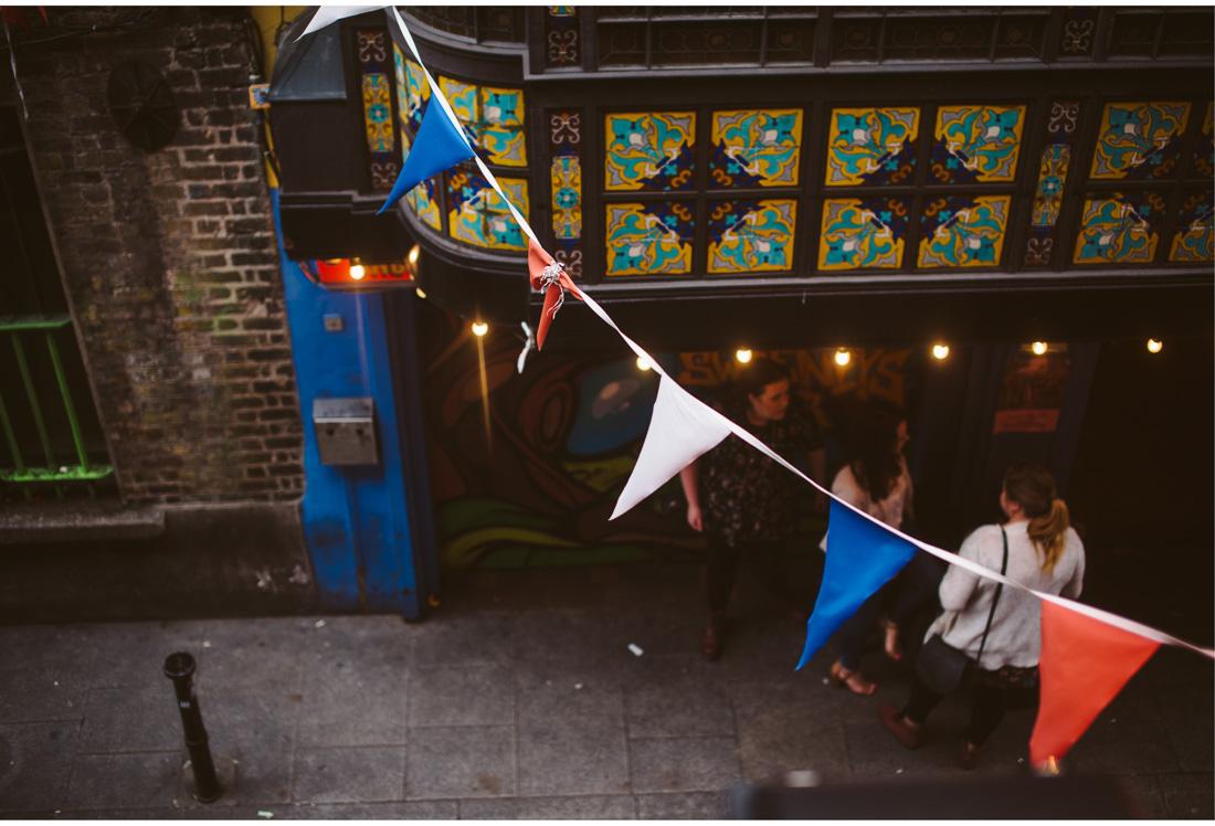 dublin pub decoration