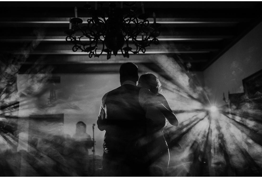 bride and groom first dance at villa dalmacija wedding