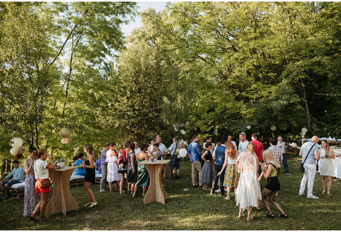 outdoor backyard wedding party