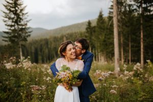 diy forrest wedding